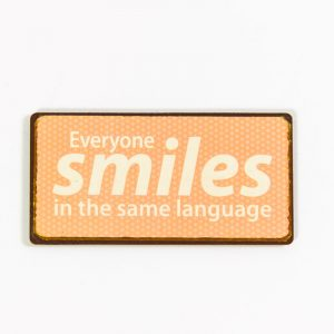 Magnet- Everyone smiles in the same language
