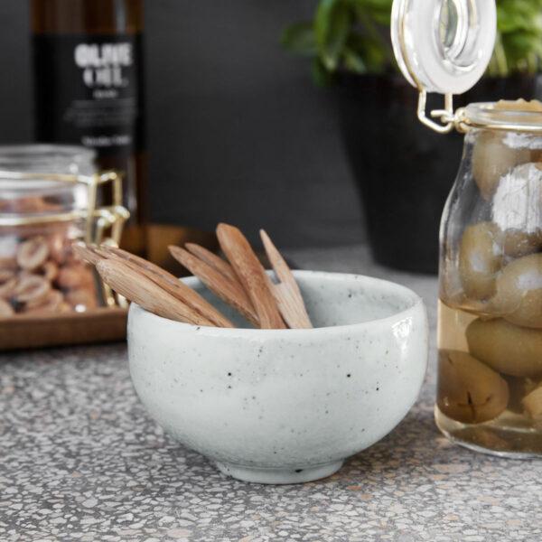 Skål Made Elfenben -Matbordet